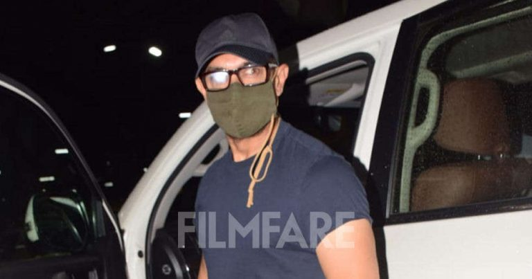 Pictures: Aamir Khan clicked at the airport